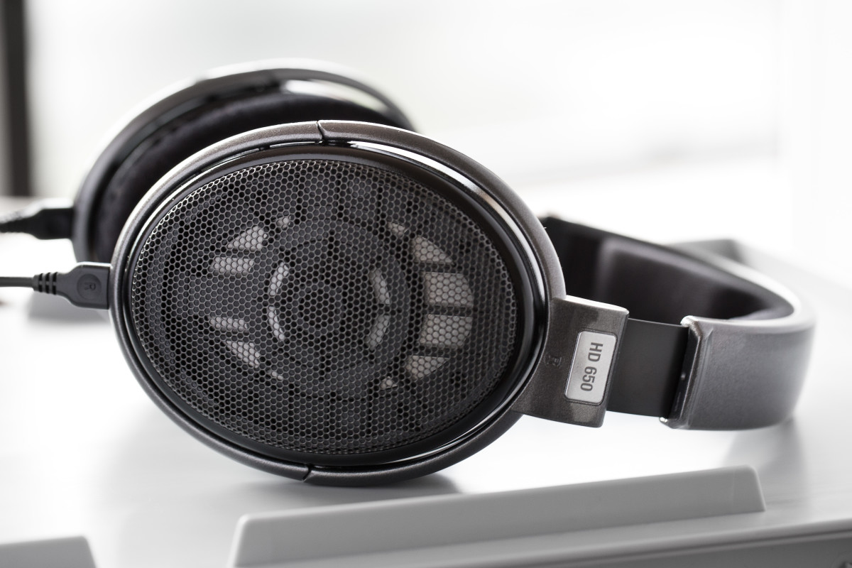 Sennheiser is known for its rugged and innovative designs, like on the HD 650 headphones. They bring that same approach to their earphones so you can be sure they will last.