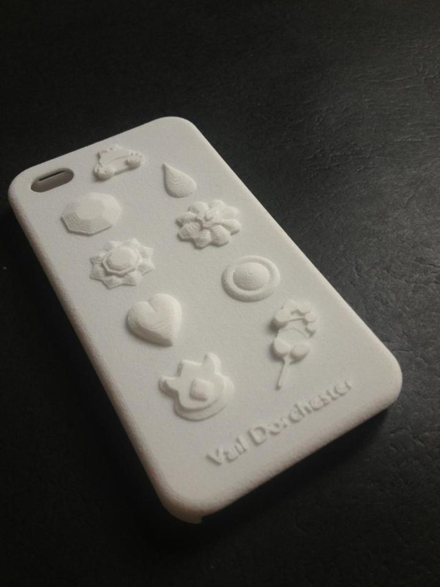 The printed version of that phone case printed by Shapeways