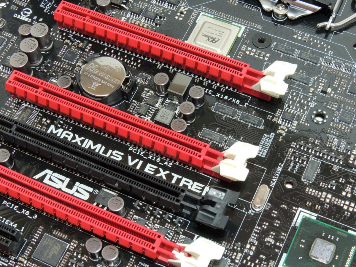 Asus' high-end Maximus VII is a solid performance option, but it's tempting to go with the Hero VI for half the price, and update the BIOS through USB.