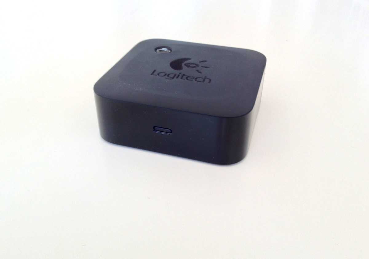 Bluetooth Adapter Turns Sound Dock into Wireless Speakers
