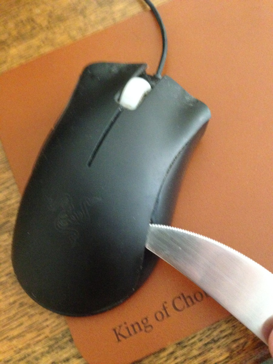 How to Dismantle and Clean a Razer Deathadder Mouse