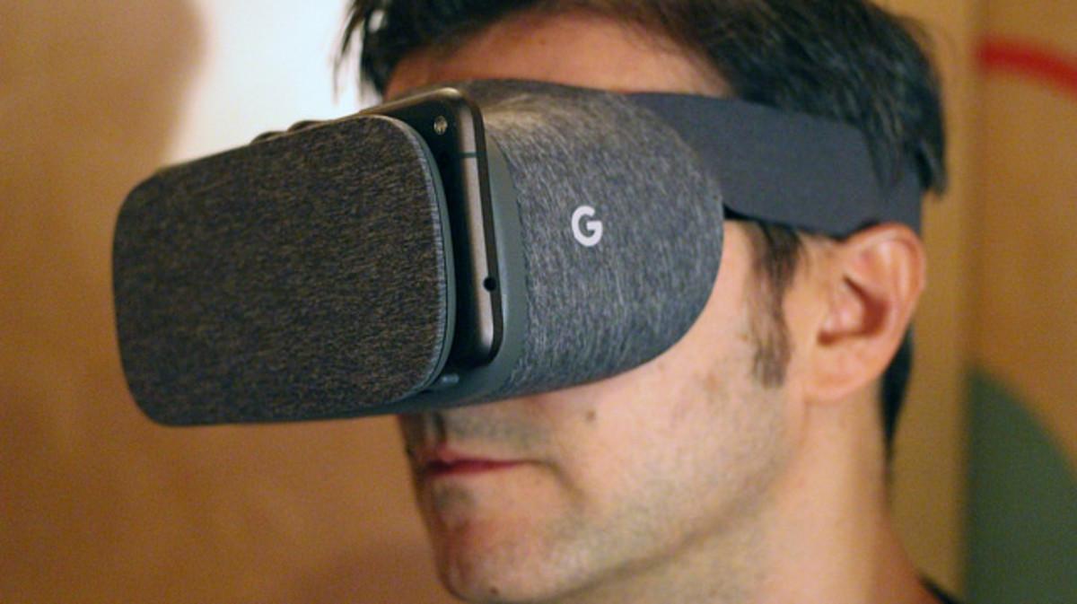 Google's Daydream View VR Headset