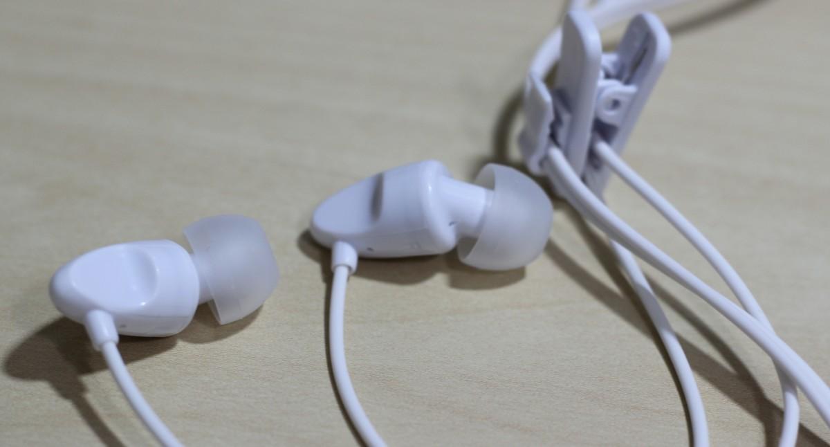 budget-earbuds-kids