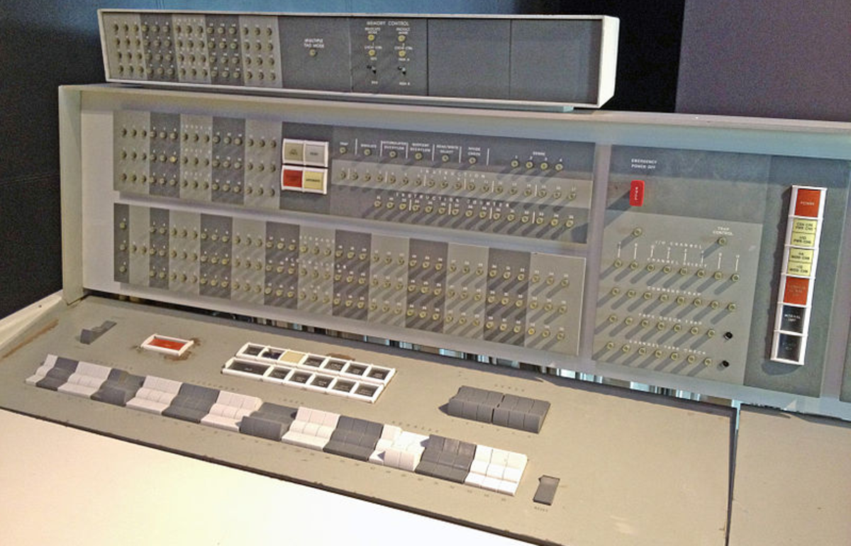 Operator's console for IBM 7094 at the Computer History Museum