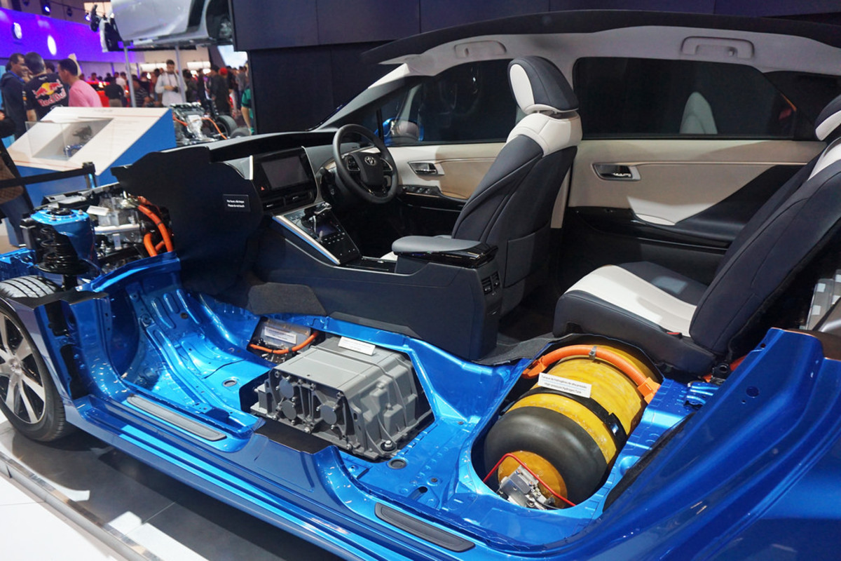 A cutaway of Toyota's Mirai showing the barrel-shaped fuel tank.