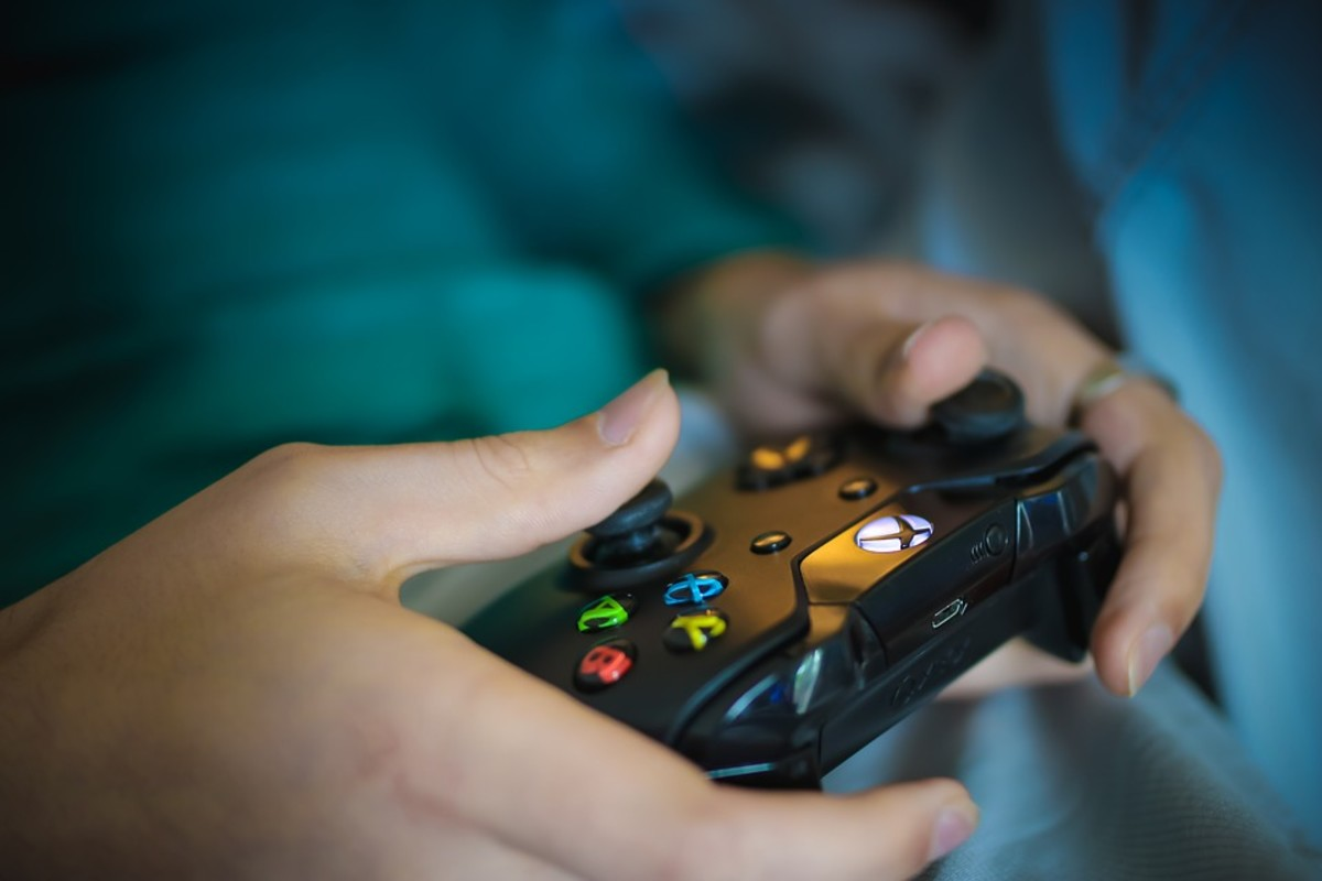 Computer gaming addiction can cause multiple problems for users caught up in it. Consequences include negative effects on social life, finances, academic achievement, sleep patterns, as well as emotional and health problems.