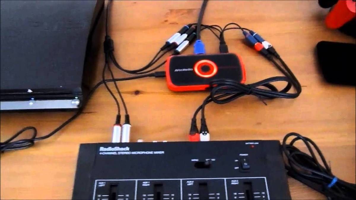 A YouTuber shows you how to record audio commentary without a PC.