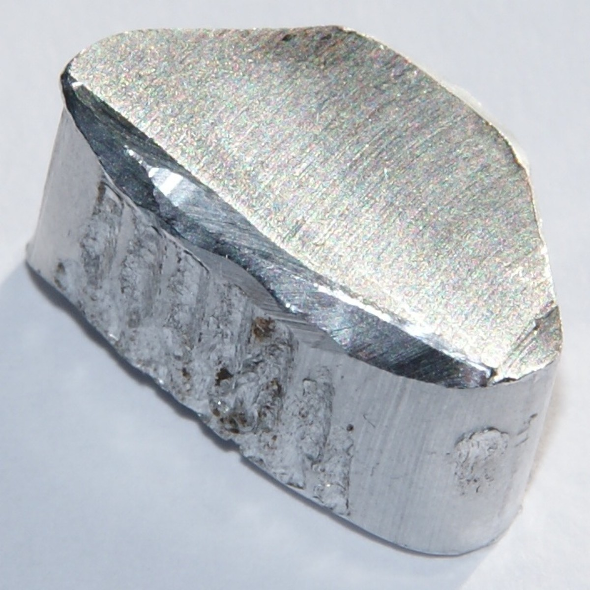 Chunk of aluminium, 2.6 grams, 1 x 2 cm.