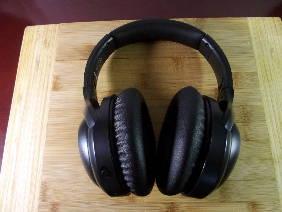 iTeknic active noise canceling headphones