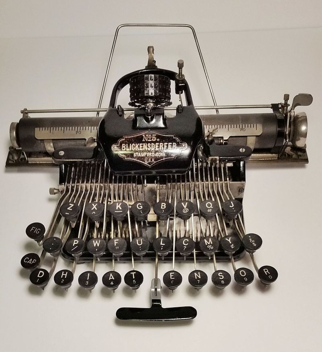 The Blickensdorfer typewriter of 1902 vintage was initially very popular because it was simpler and cheaper than competing machines.