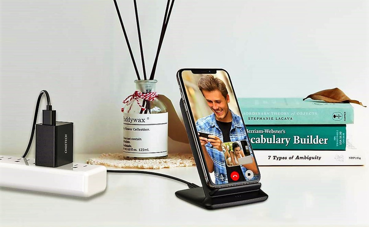 choetech-15w-wireless-charging-stand-review-fastest-qi-charger