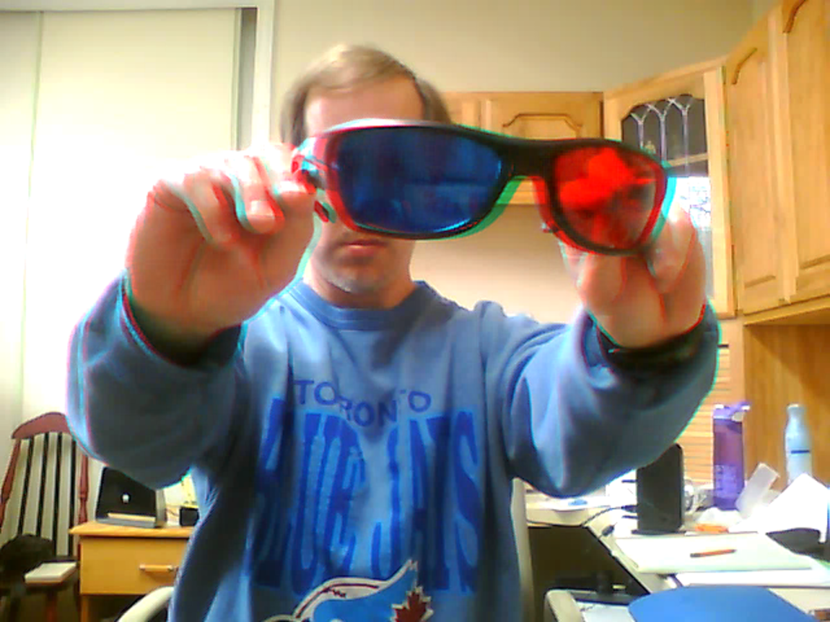 This 3D picture looks amazing if you are wearing a $10 pair of red cyan 3D glasses.