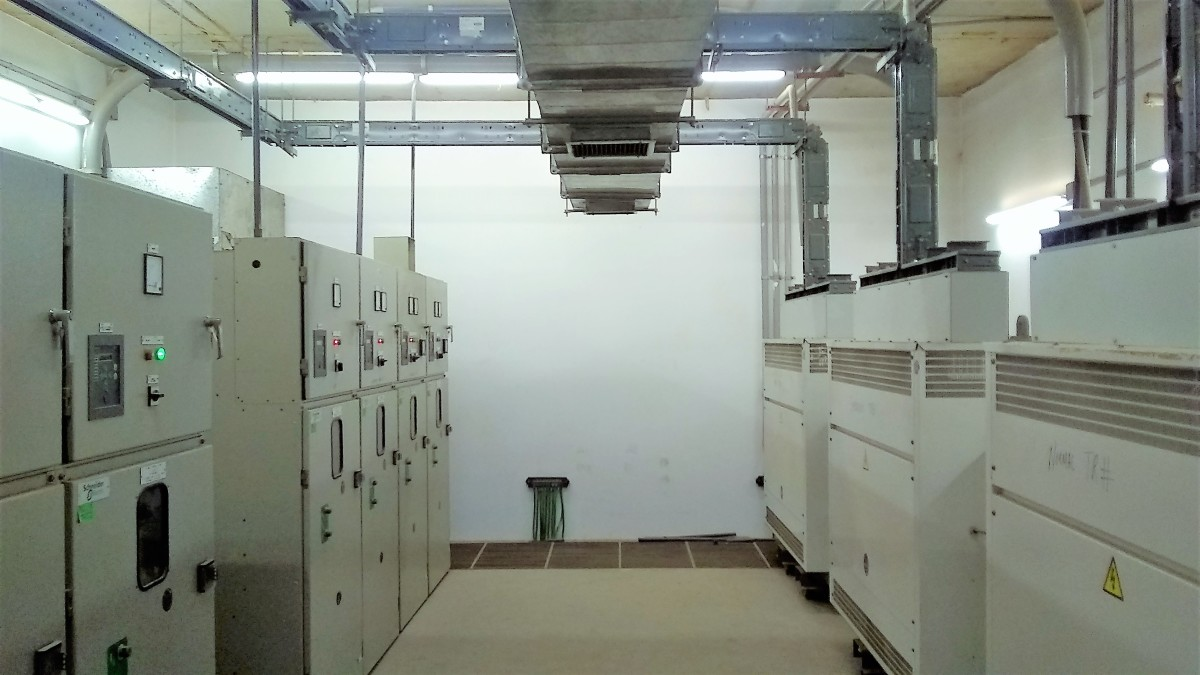MiCom relays protecting dry-type transformers in a typical building substation