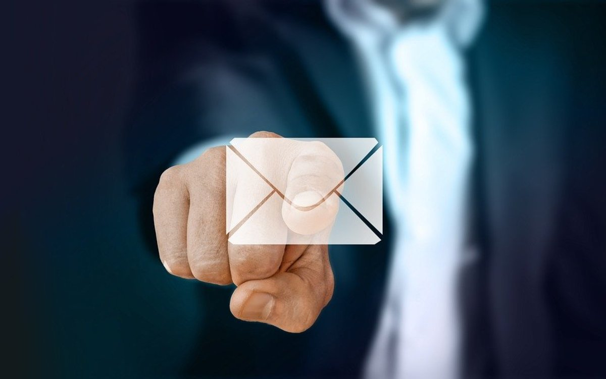 Learning how to properly write an e-mail is key in the business setting.
