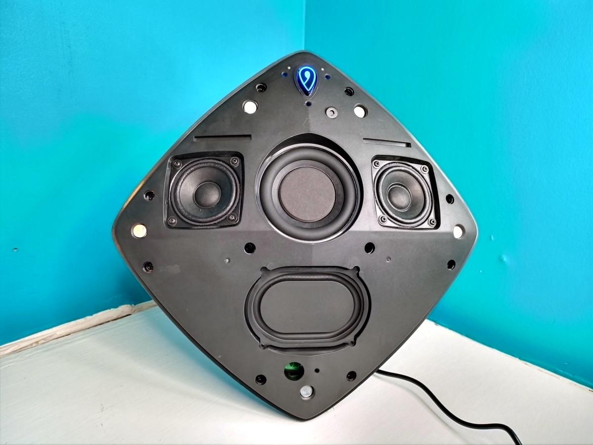 Speaker layout of Jewel Pro