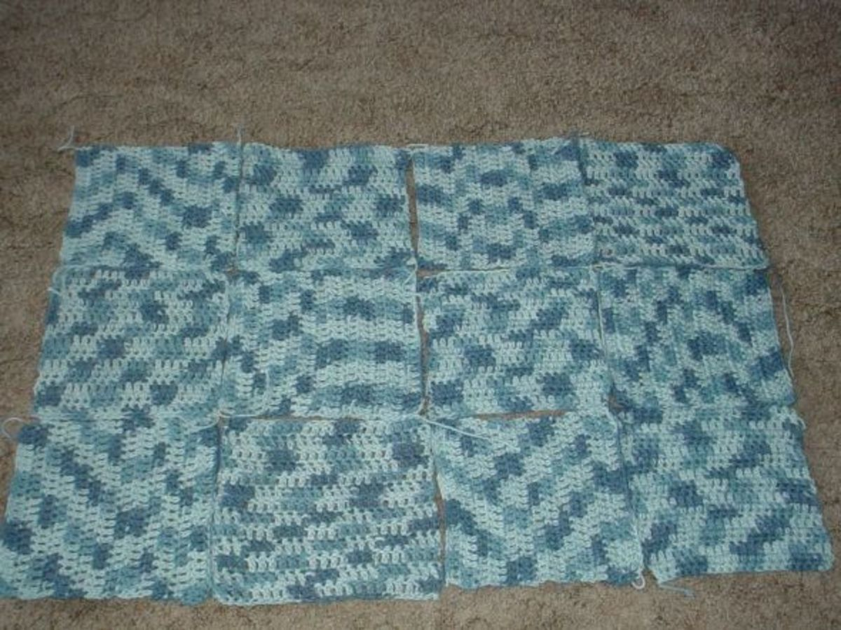 Make a rug with double crocheted squares
