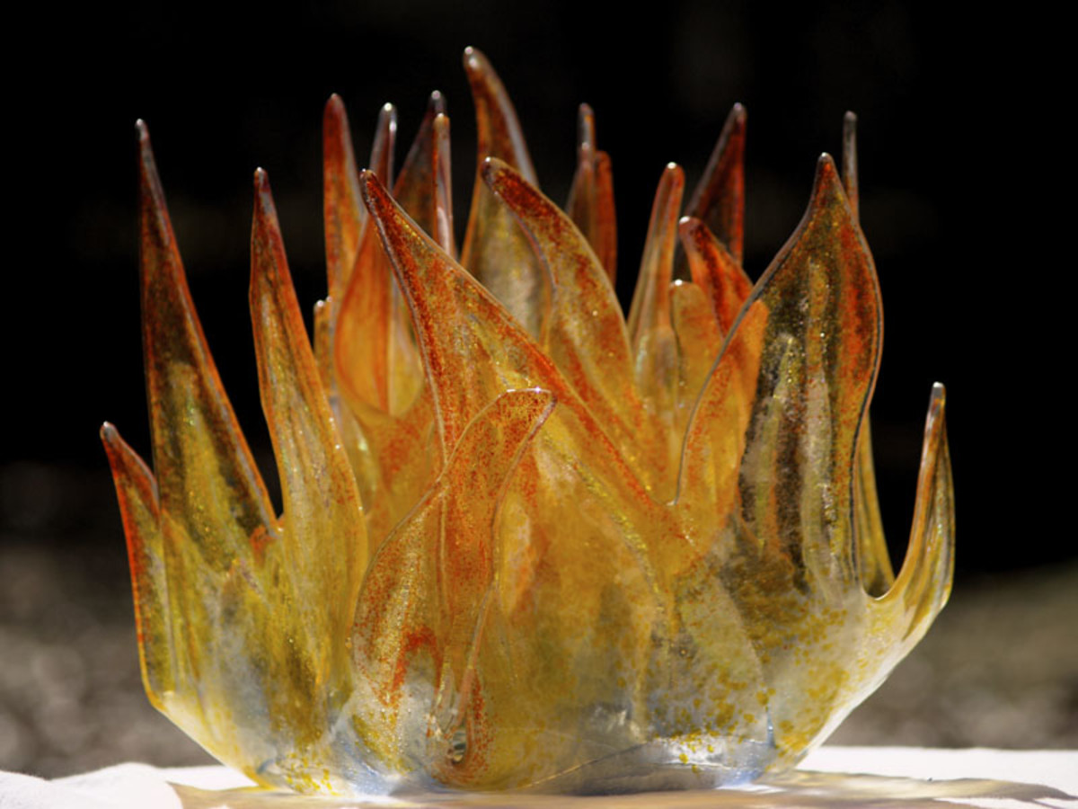 An example of a fused glass sculpture.