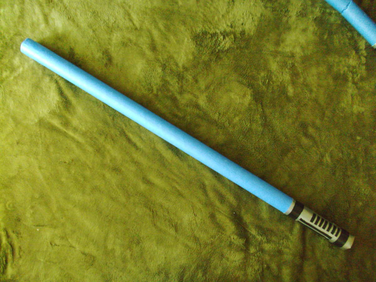 The finished lightsaber...