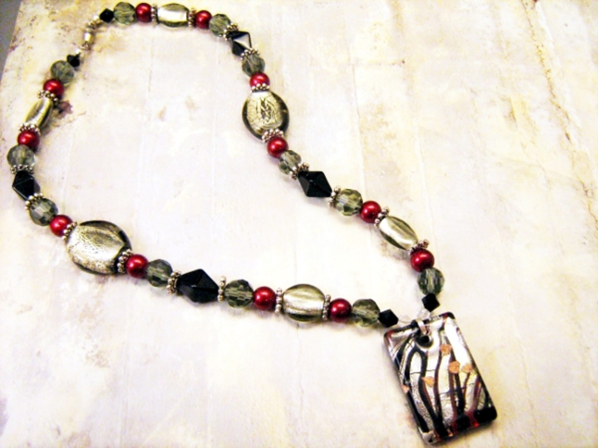 Necklace I made with Murano Foil Glass pendant from GemMall. www.StarryNightsStudio.com