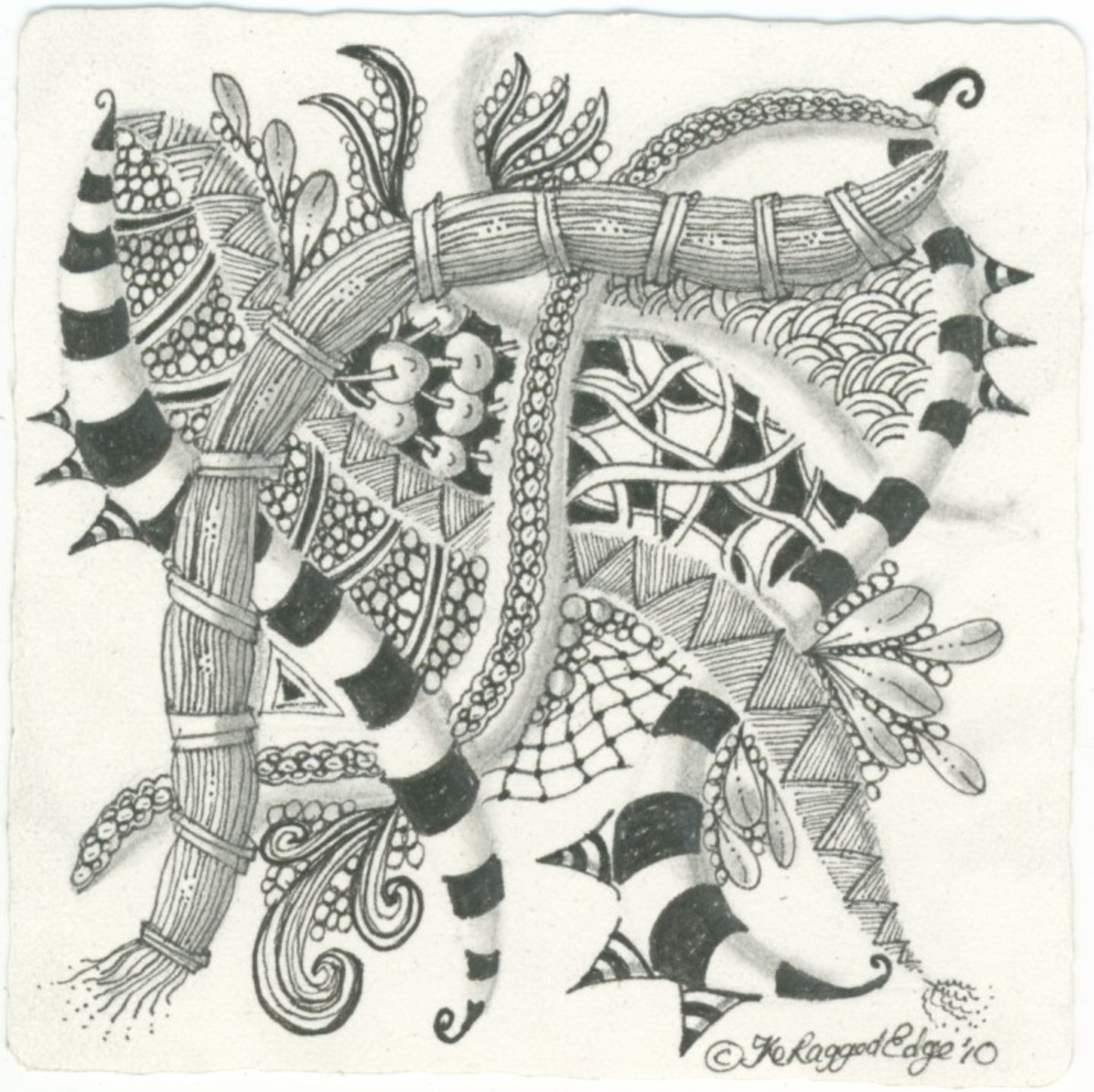 After you shade your Zentangle, don't forget to sign it.