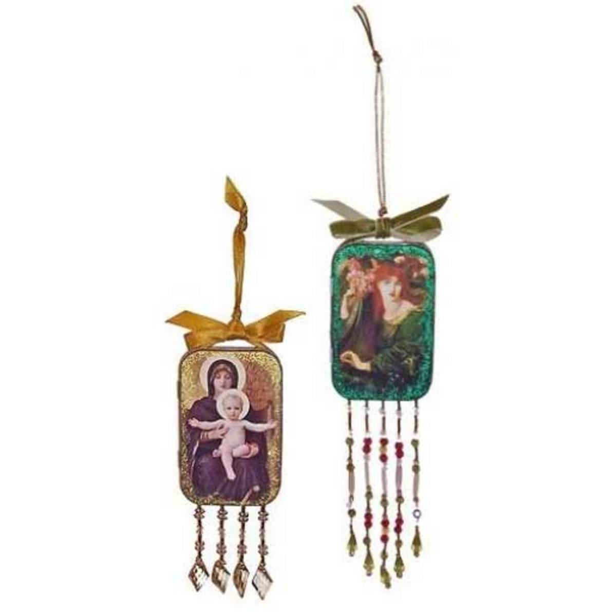 Beaded Altoids tin ornaments.