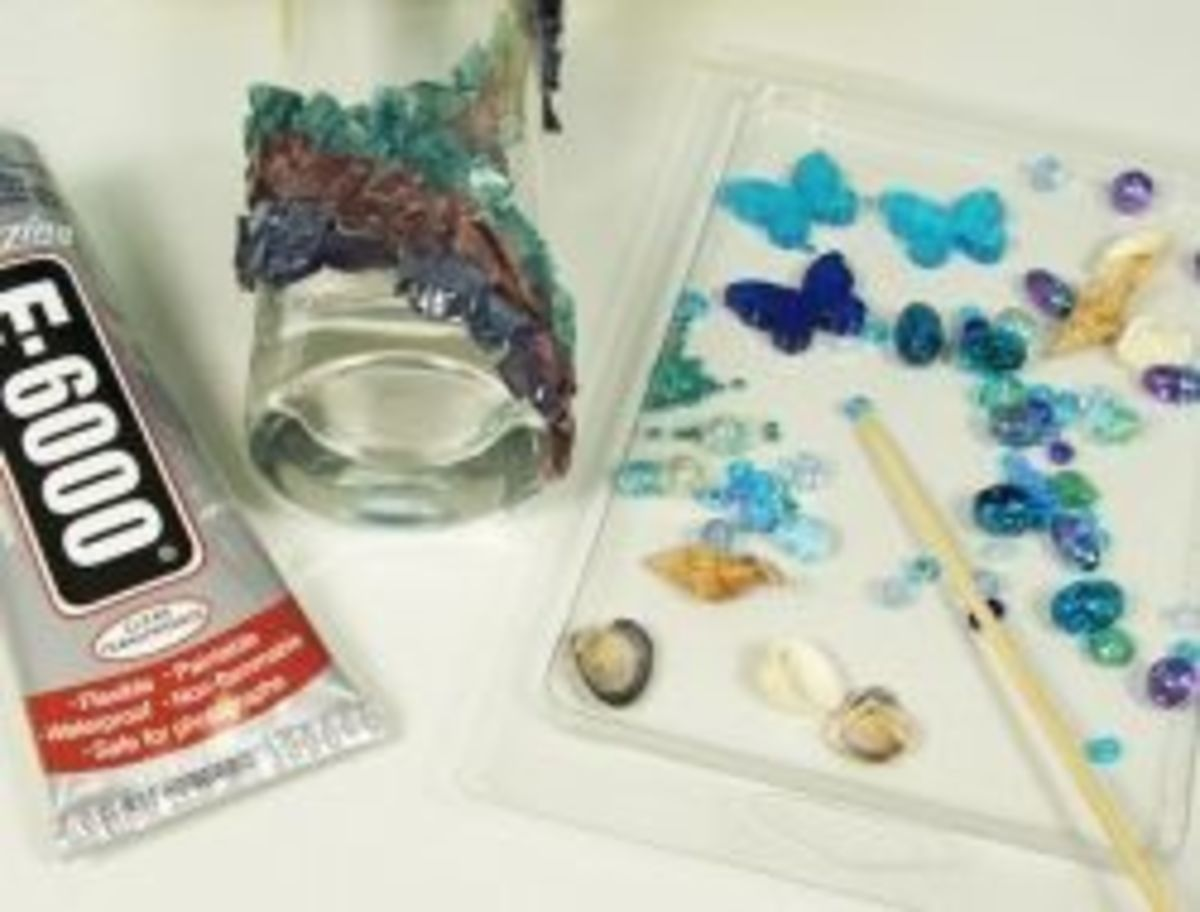 How to decorate glass bottles with beads