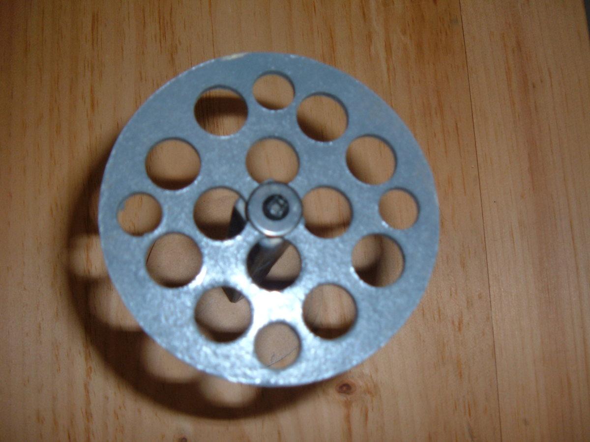 Inner circle of the paintbrush holder