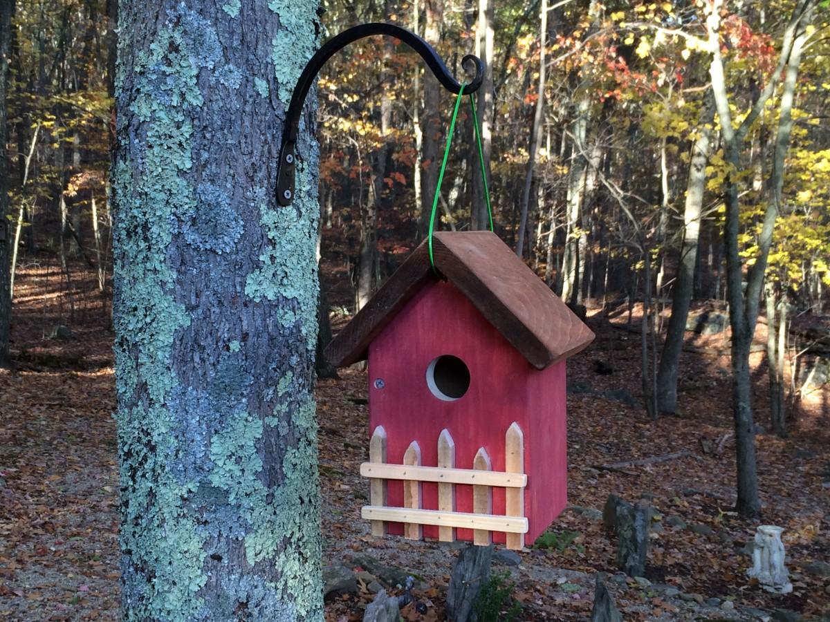 Cottage style hanging birdhouse
