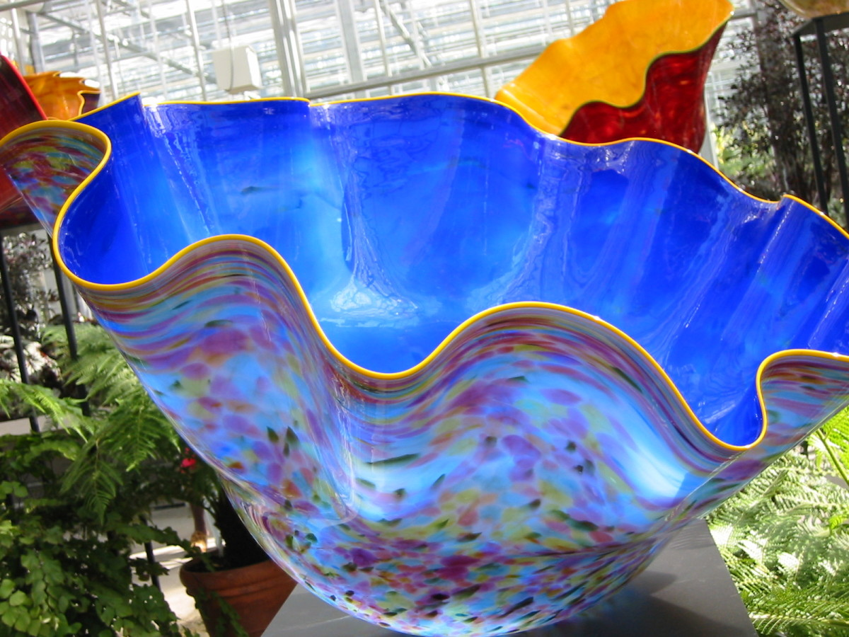 chihuly-glass-sculptures-at-the-bronx-botanical-garden