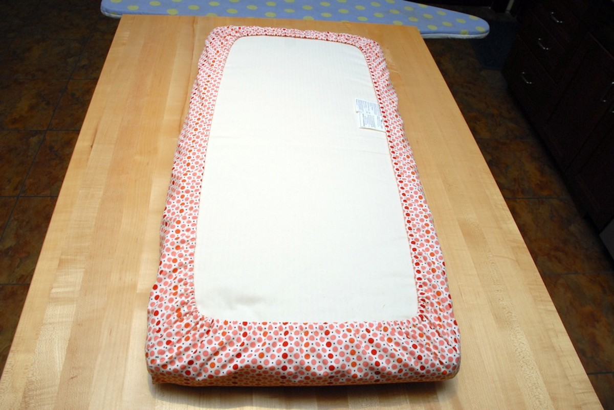 how to sew mini crib sheets easy with pictures feltmagnet. Black Bedroom Furniture Sets. Home Design Ideas