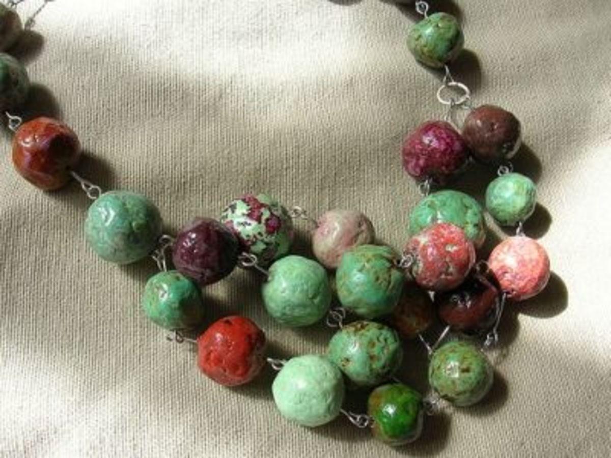 newspaper-beads