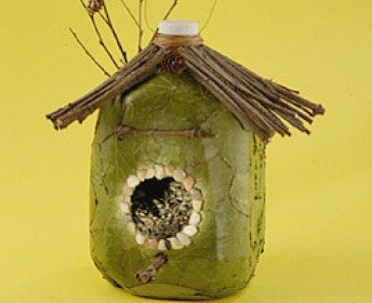 making-milk-jug-crafts