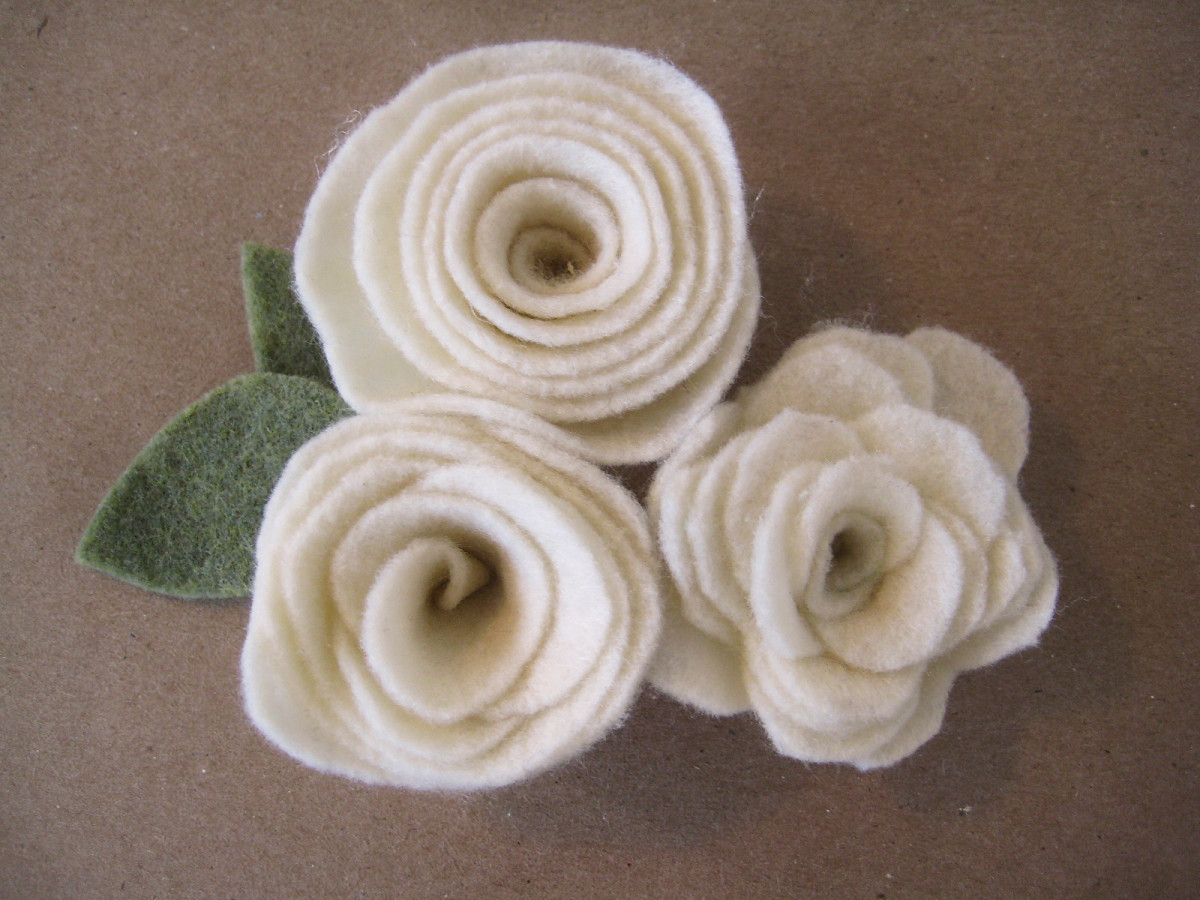 3 Felt Flower Rosettes with Different Edges