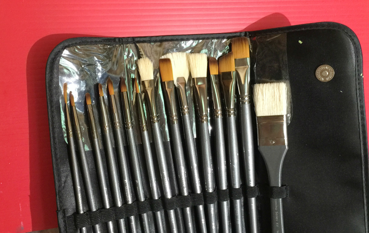 Brush sets come conveniently assorted in sizes and shapes. This is my latest purchase, the D'Artisan Shoppe set, I got it on Amazon.
