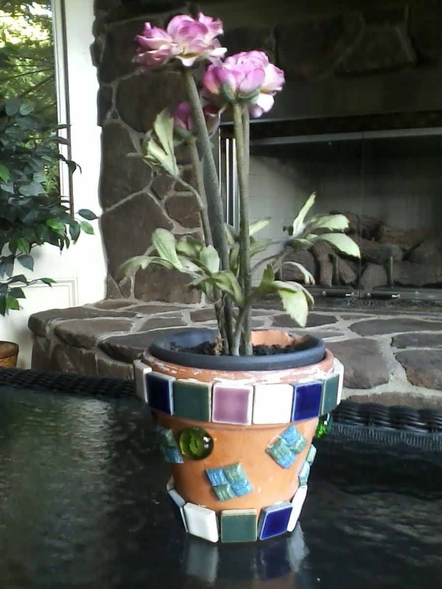 SImple ceramic tile flowerpot project