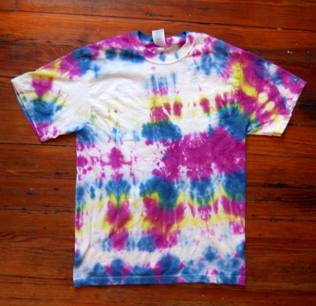 T-shirt - fun but too large