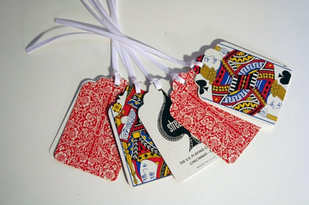 10 Creative Ways to Reuse Old Playing Cards