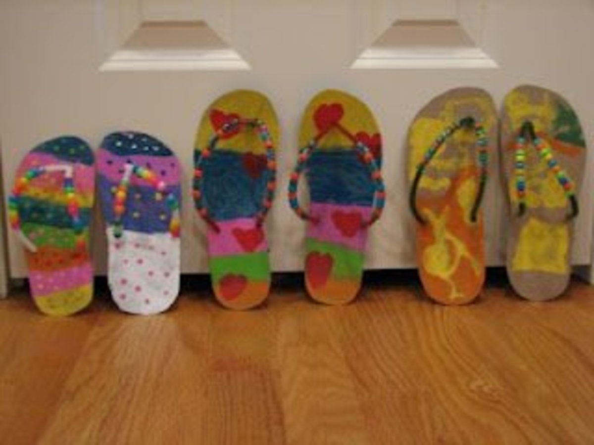 Cute flip flop craft out of cereal boxes!
