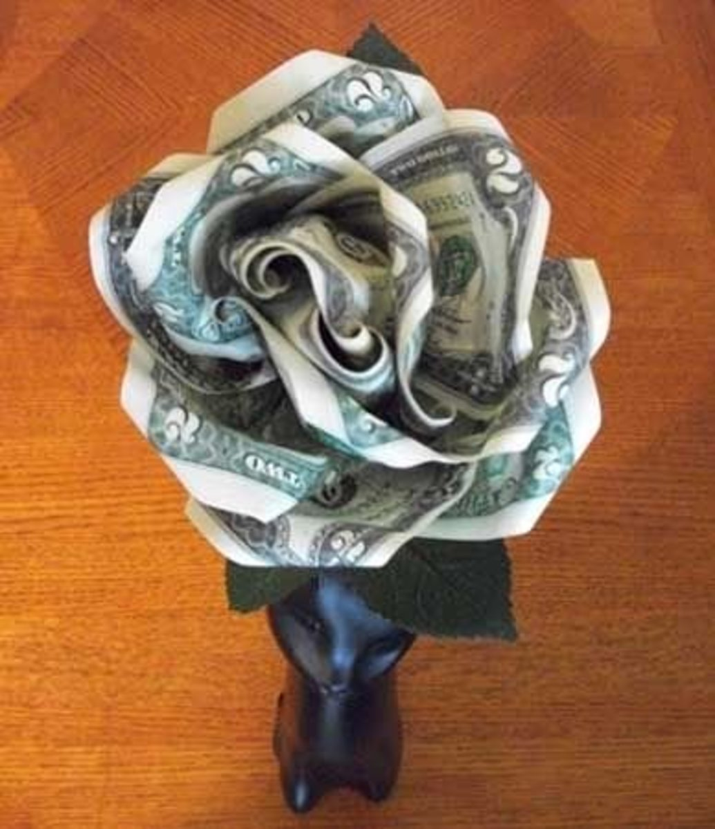 Here's a photo of the finished money rose. Look how beautiful it is!