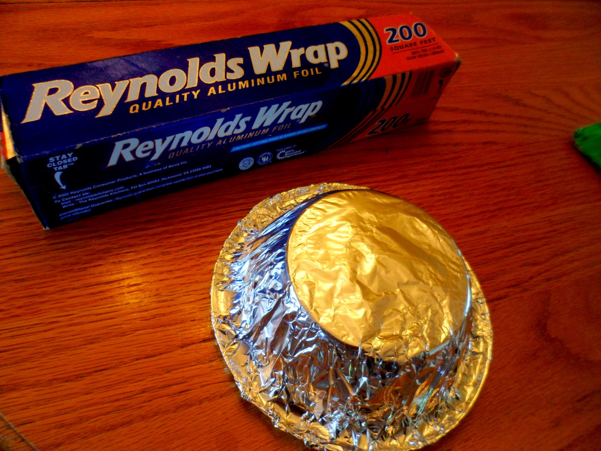 Wrap a plastic bowl with aluminum foil.