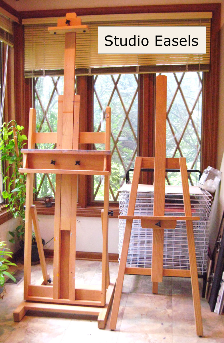 It's best to keep your works-in-progress at an angle. Either a stand-up easel or a table-top one will work. Pictured here an H-frame easel (left) and an A-frame easel (right).