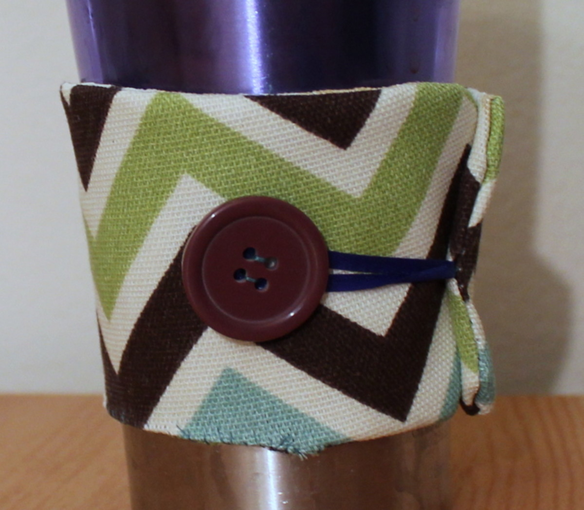 Finished reusable coffee sleeve