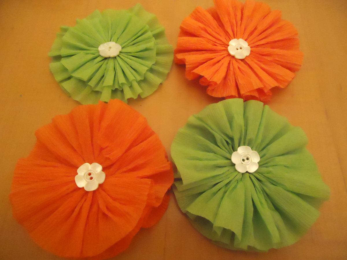 Rosettes embellished with buttons.