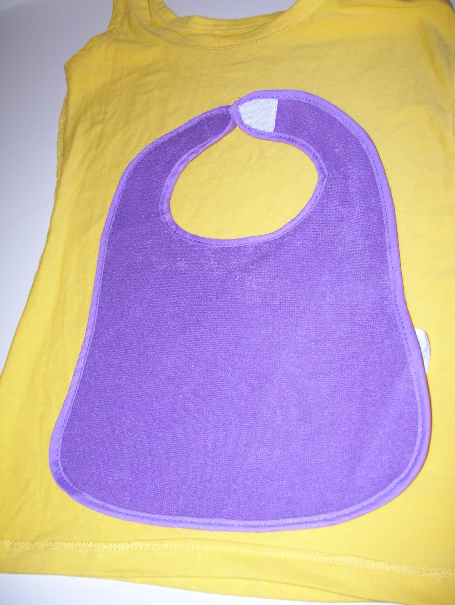 Center bib on t-shirt.