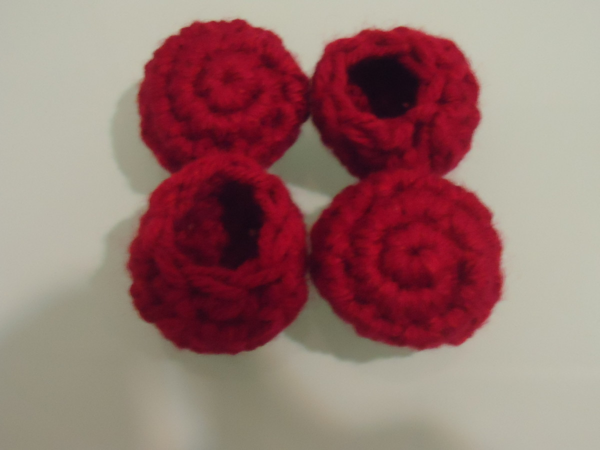 For this set, I used Caron One Pound, which is the thickest yarn I had in my stash.