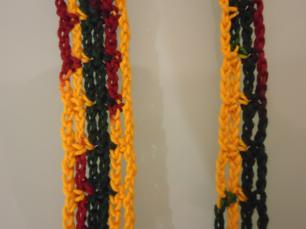 You can make your bracelets as thick or as thin as you want by adding or reducing the rows.
