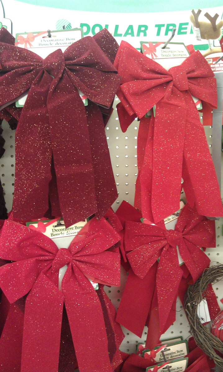 Regular Christmas bows