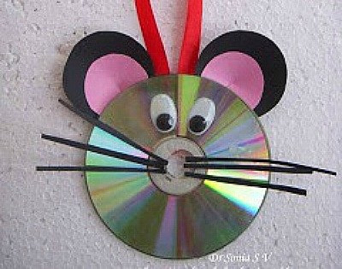Find The Instructions For Making This Little Mouse At Cards Crafts Kids Projects