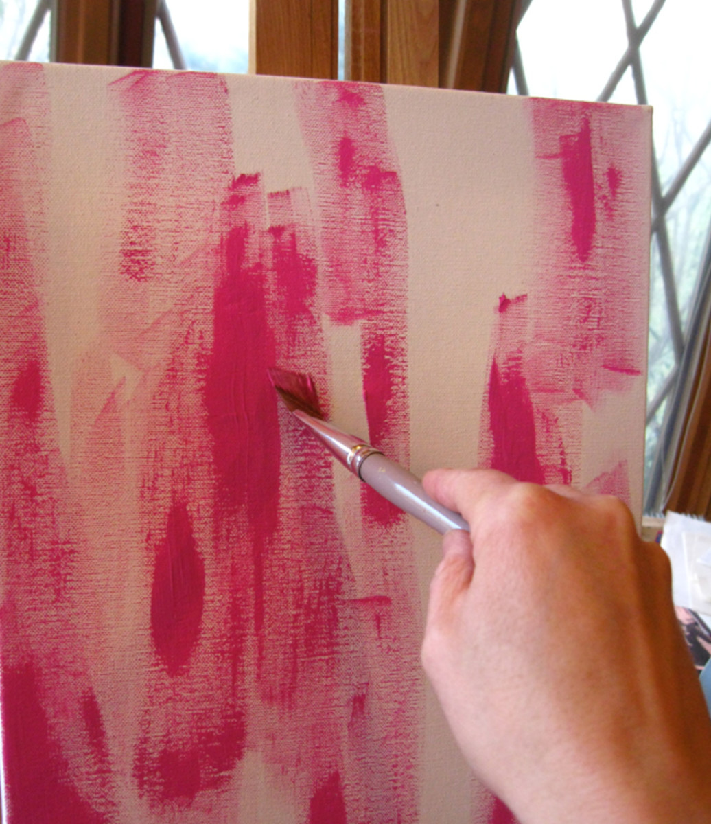 Start painting on the canvas