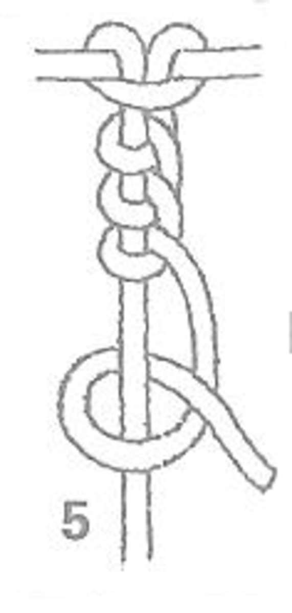 Figure 5 - Right Hand Half Hitch Knot Made Into Braid